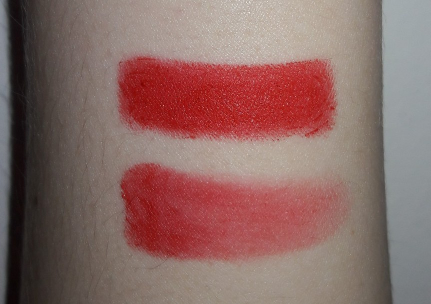 Maybelline Lip Studio Color Blur lip pencil in Orange Ya Glad. Top swatch is solid color, the bottom is my blur attempt using their blur tool.